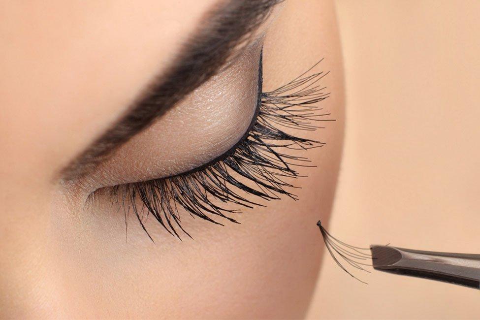 Forresters Beauty Salon Tilehurst eyelash extensions with Lisa